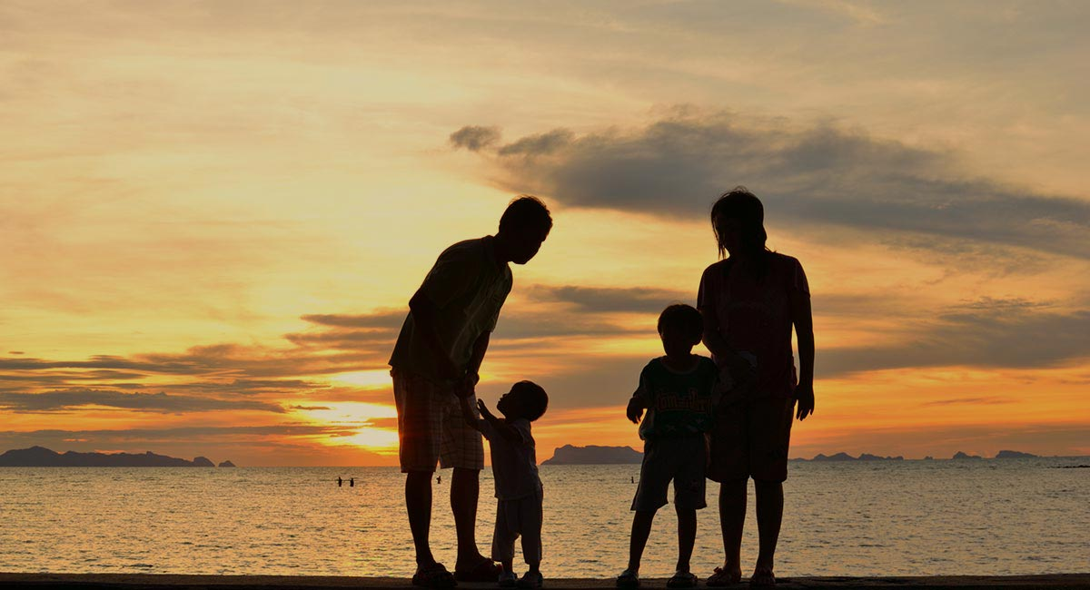 photodune-2909577-family-1200x650-5